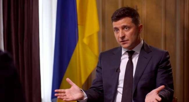 Блогер: Зеленский ударил по Медведчуку, но не забывайте – с войной, Ковидом и ВВП все те же проблемы, они только больше