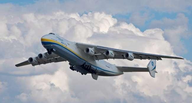 Президент либо не знает о чем говорит, либо ему врут подчиненные: Зеленский оконфузился с закупкой 3 самолетов «Антонов»
