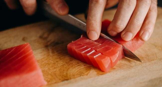 «Эта рыба содержит большое количество ртути»: Врачи назвали большую опасность тунца