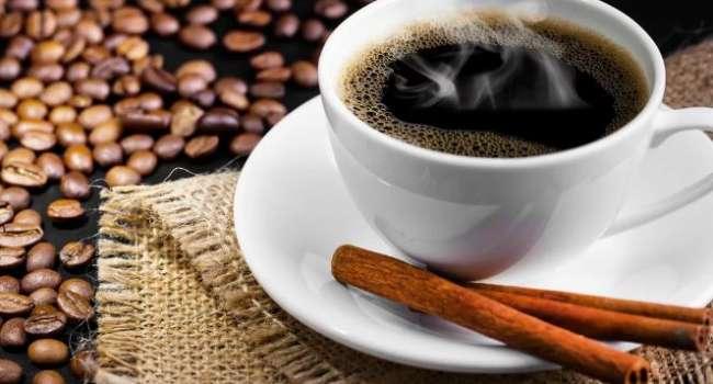 Лучше не увлекаться: специалисты предупредили беременных женщин об опасности кофе