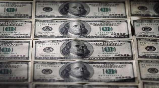 На межбанке опять растет курса доллара