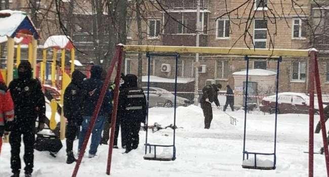 На детской площадке в Киеве прогремел сильный взрыв, есть жертвы