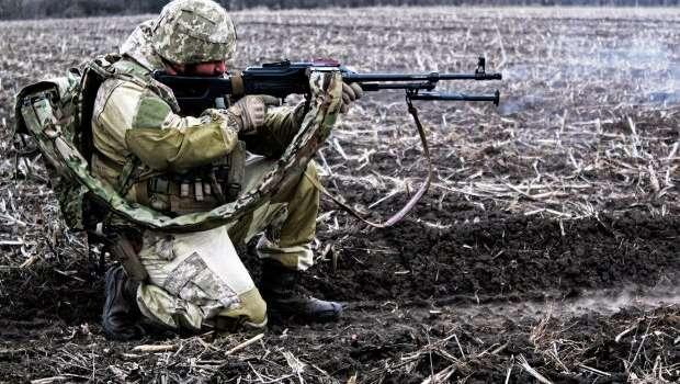 «Огневое противостояние»: Боевики пошли в атаку на позиции ВСУ, но получили достойный отпор