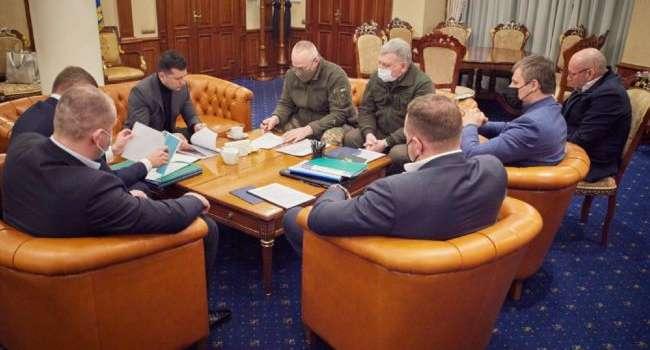 Зеленский прилетел из ОАЭ и тут же провел ночное совещание с силовиками в «Борисполе»