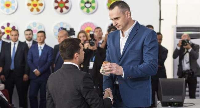 «Не сомневаюсь, что санкции против Медведчука и Ко готовились еще во времена Порошенко, а Зеленский просто нагло этим воспользовался», - Сенцов