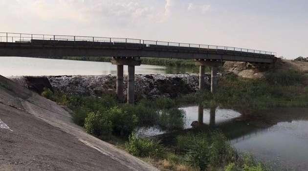 Украина пока не будет строить вторую дамбу на Северо-Крымском канале