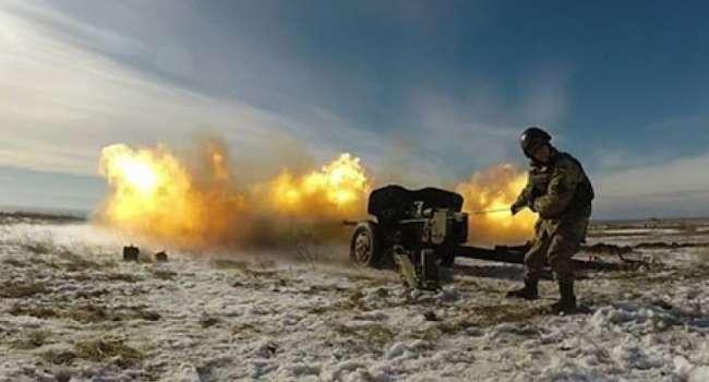 «Все как в 2015-м и 2016-м. Не бахает, а вылетает!»: Жители Донецка сообщают о серьезных боях