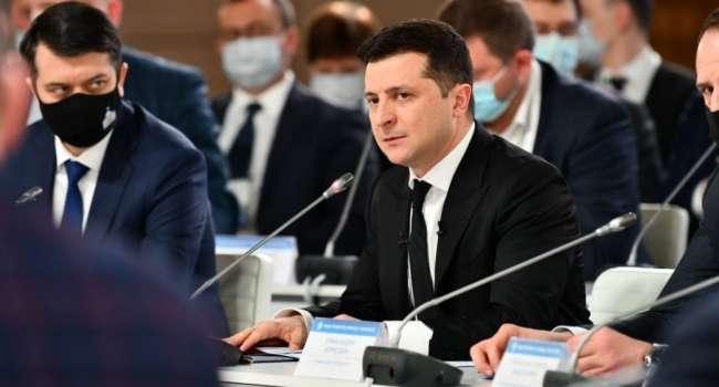 Политолог: Зеленский похвастался – оказывается, только благодаря ему удалось реализовать реформу децентрализации
