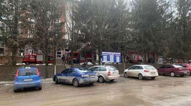 В больнице для больных COVID в Черновцах произошел взрыв, есть погибший и раненные
