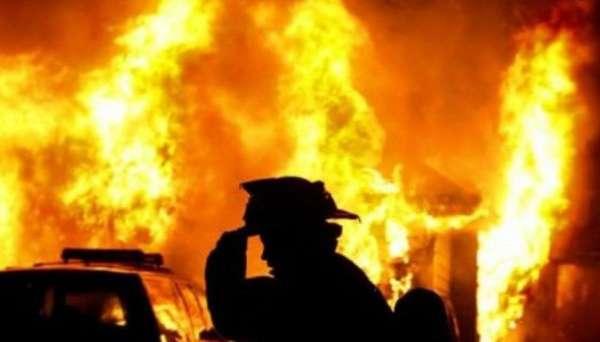 ЧП в Киеве: Из-за пожара в бане погибли три человека