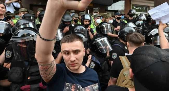«Примитивный и тупой вор стал для вас лидером»: Скубченко прокомментировал заявление учителя Сергея Стерненко