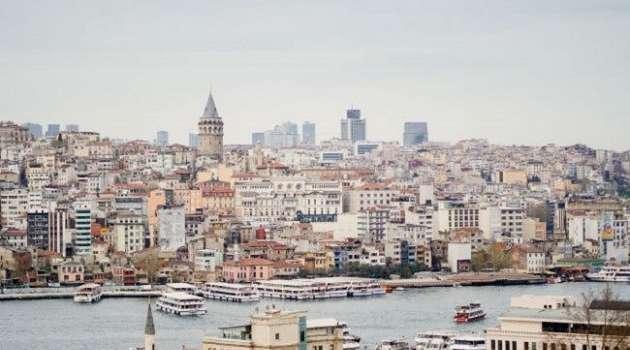 В Турции опять работают кафе и рестораны, а ученики вернулись в школы