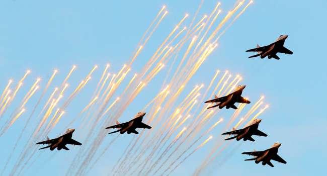 «До границы с Украиной всего 120 километров»: Что известно о переброске боевой авиации России в Беларусь?