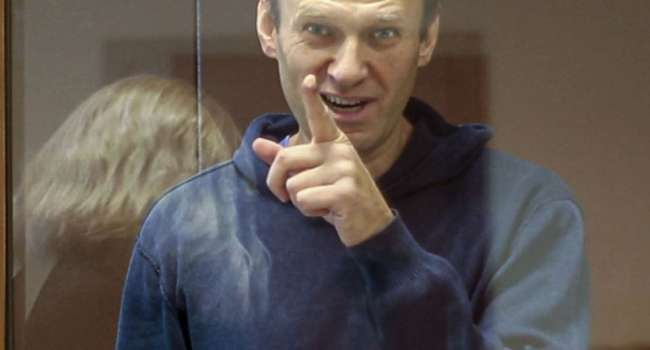Журналист: Кремль решил, что типа тонко протроллил Навального, отправив его на зону шить труселя для ментов