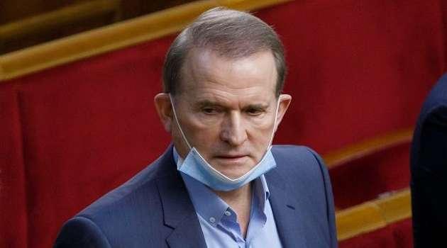 Социолог пояснил, почему некоторые нардепы от ОПХЖ поддержали санкции против Медведчука
