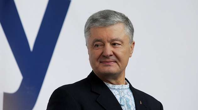 Порошенко заявил, что в Офисе президента использовали санкции против Медведчука с целью его дискредитации