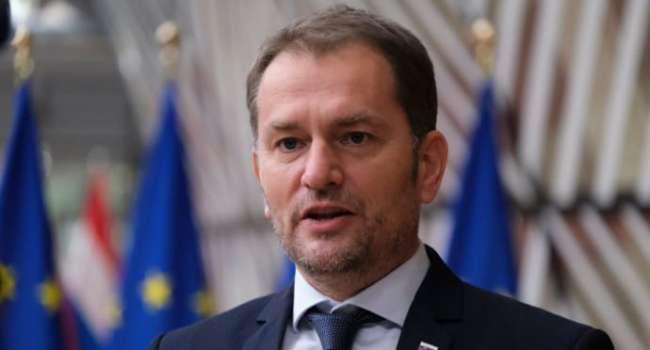 Блогер: «шутка» премьера Словацкой Республики о «Закарпатской Украине» в обмен на российскую вакцину – это реальное место Украины в мире