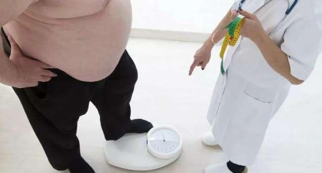 Ученые подтвердили: при ожирении риск смертности от коронавируса рекордно увеличивается