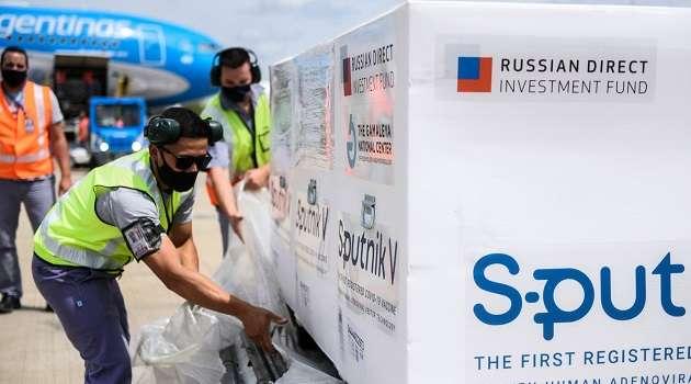 Глава Минздрава РФ просит ВОЗ разрешить для экстренного использования «Спутник V»