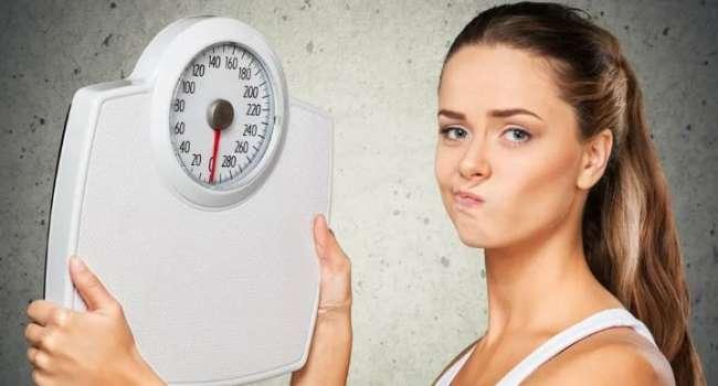 Слабительное не решит проблему: диетолог развенчала самые известные мифы о снижении веса