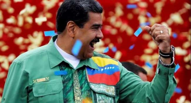 После прививки российской вакциной Николас Мадуро начал говорить по-русски