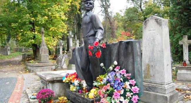 Политолог: за 30 лет независимости в Украине так и не появились таланты уровня Ивасюка, потому что живет под влиянием «какой разницы»