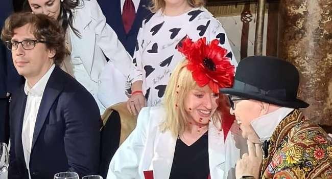 «Поклонники до этого довели»: Пугачёва покинула вечеринку Зайцева со слезами на глазах