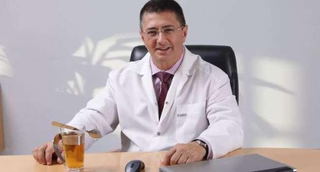 Мясников рассказал о связи болезни зубов с развитием онкологии