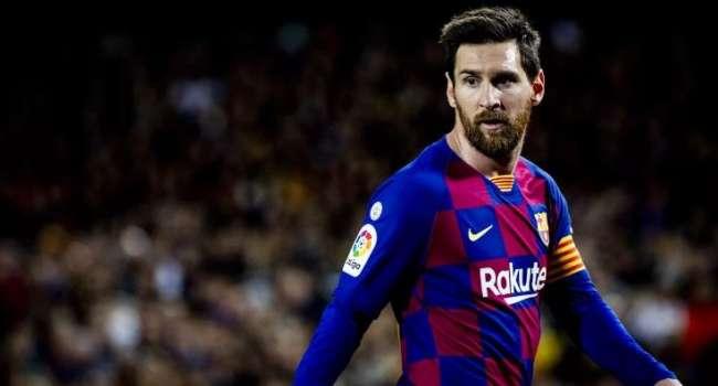 «Опять обошел Роналду»: Лионель Месси установил рекорд по количеству забитых мячей без учёта пенальти