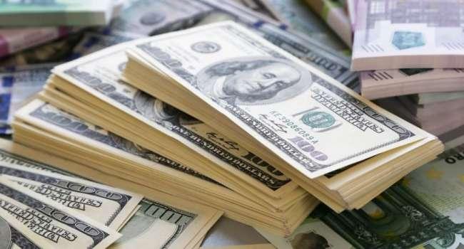 «Золотовалютные резервы огромные»: Эксперт рассказал, откажутся ли Китай и Россия от доллара