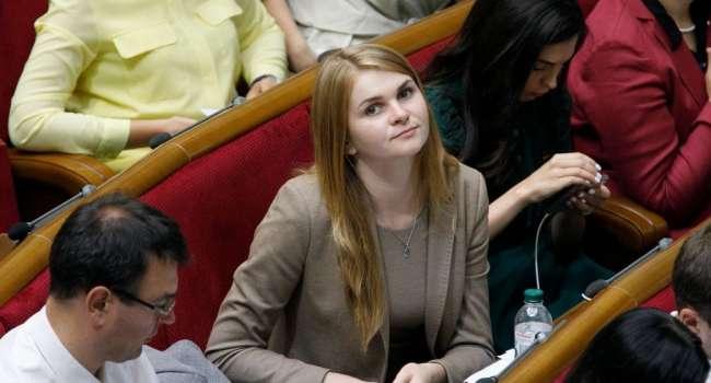 Политолог: вот эта «валить с этой страны» - большой привет всем, кто обожает новые и молодые лица во власти как панацею