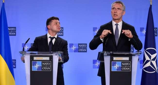 Членство Украины в НАТО тут же прекратило бы российскую агрессию, – политолог
