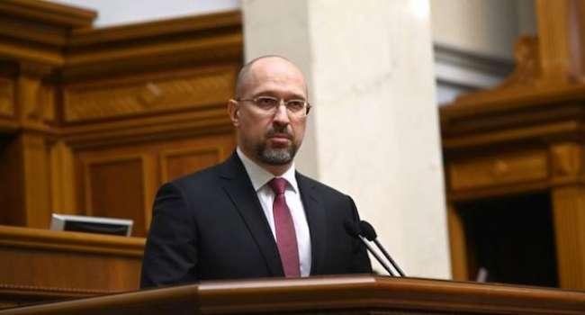 Политолог: а Шмыгаль ведь прав – общенациональный локдаун Украине уже не поможет