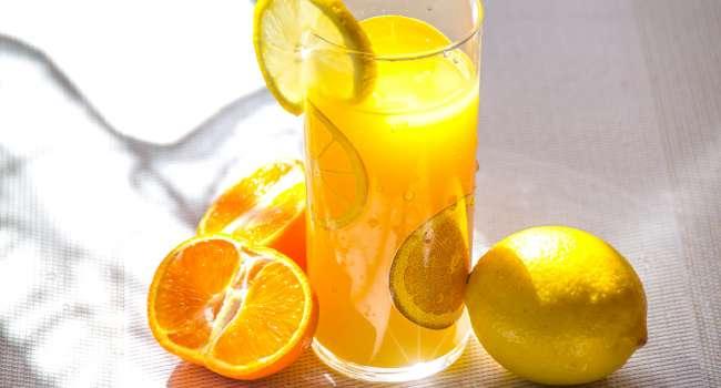 «Фруктовые соки и риск развития диабета»: Врачи назвали опасность фруктозы