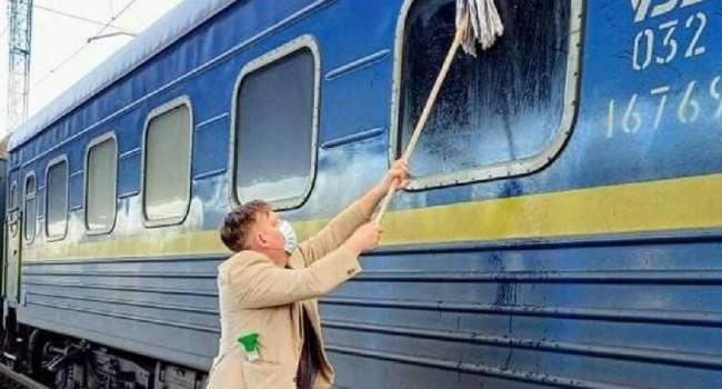 «Конец эпохи»: Лещенко на «Укрзализныце» будет получать по 300 тысяч, а окна вагонов будут мыть рандомно европейские журналисты