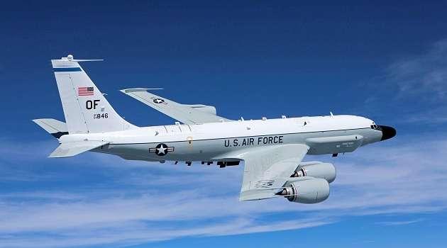 В России похвастались перехватом американского самолета в районе Тихого океана