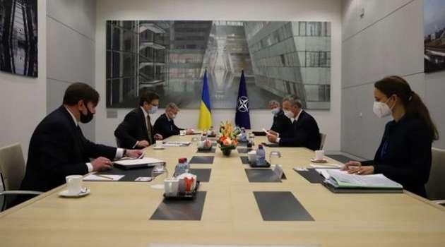 В НАТО опять пообещали поддержку Украины на фоне обострения Россией ситуации  на Донбассе