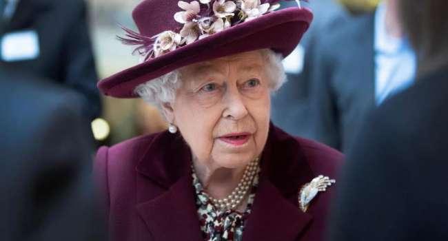 Всего через несколько дней: королева Елизавета II вернулась к своим обязанностям после смерти супруга