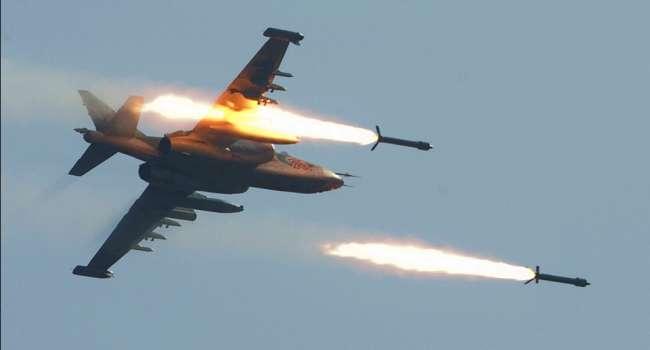 «Пуски ракет и бомбометание над Черным морем»: Россия перебросила в Крым штурмовики Су-25СМ3