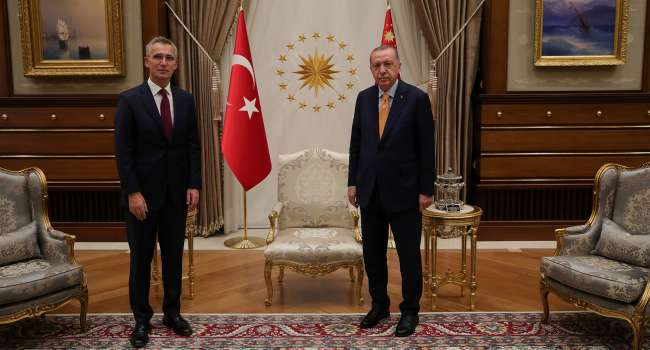 НАТО и Турция провели переговоры по агрессии России в Украине