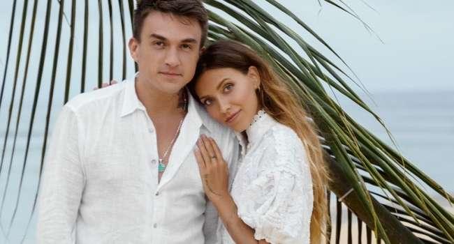 «Счастливые и красивые»: Регина Тодоренко поделилась романтичным фото с Топаловым, сопроводив его строками с песни Пугачевой