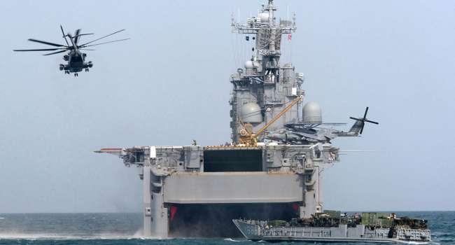 «Уже переброшена целая армия»: военные корабли РФ прошли Босфор и вошли в Черное море под Крымским мостом