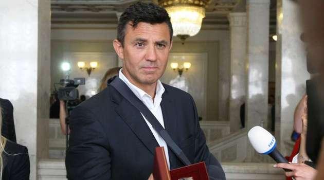 «Слуга народа» Тищенко наплевал на локдаун в Киеве, организовав пышную вечеринку в честь дня рождения жены