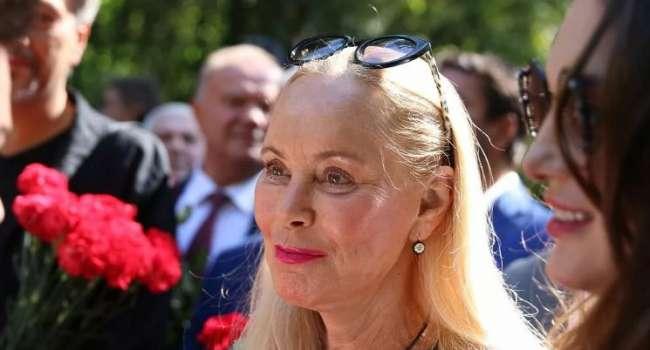 Вместо денег дорогие иномарки: вдова Кобзона борется за 25 млн долларов