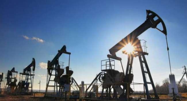 «Из-за Парижского соглашения по климату»: эксперты заявили о рекордном снижении цен на нефть