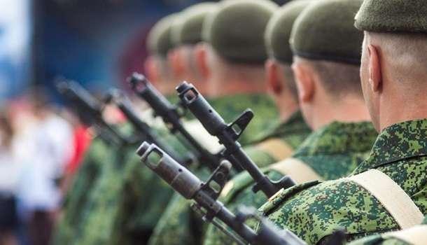 «Провоцируют ВСУ»: боевики на Донбассе обустраивают ложные рубежи обороны на Донбассе, устанавливают муляжи военной техники – разведка