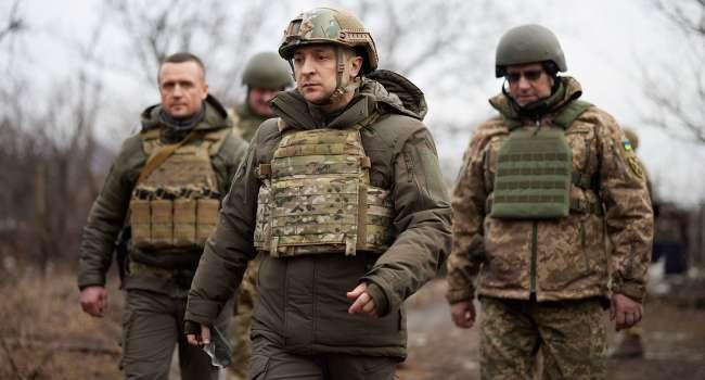 Зеленский посетил военных у границы с Крымом: армия Украины должна быть готова к возвращению военных РФ