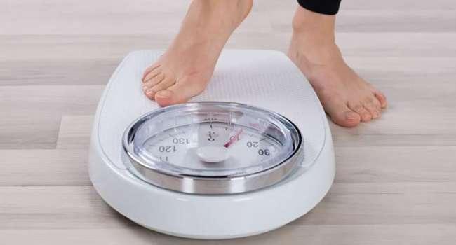 «Пациент может этого не замечать»: врач рассказала об опасности быстрого снижения веса