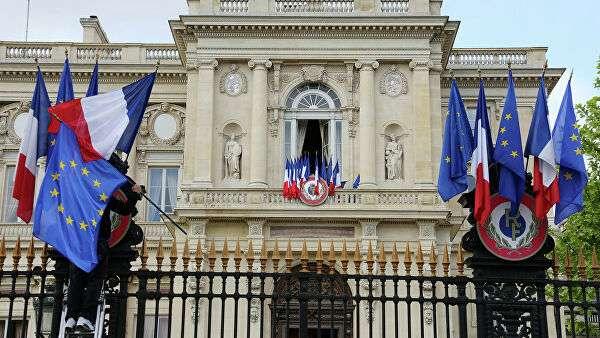 «Санкции против чиновников ЕС»: Франция вызвала «на ковер» посла России