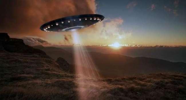 Американский физик оценил возможную встречу человечества с инопланетянами
